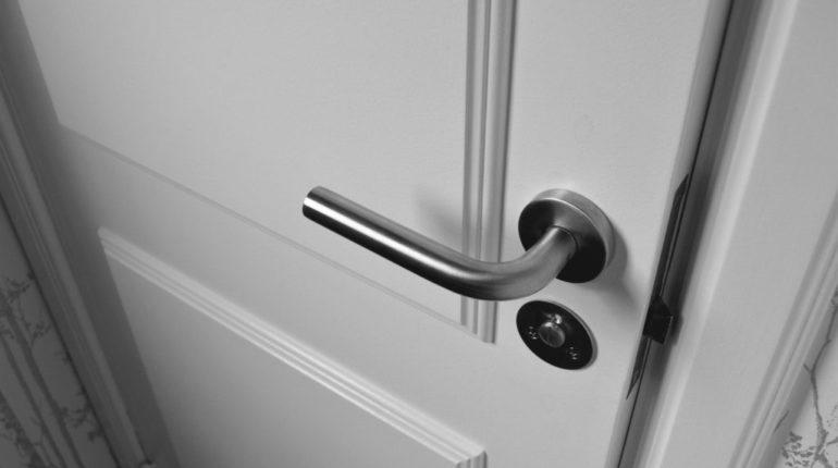Choisissez une porte réputée pour sa robustesse